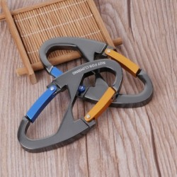 8-shaped carabiner clip - for hiking / camping