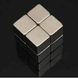 N52 Neodymium Magnet Strong Block 10 * 10 * 10mm 8pcs