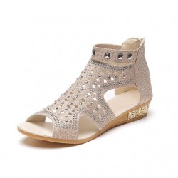 Fashion Rivet Gladiator Sandals