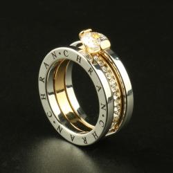 Elegant ring with Austrian crystal