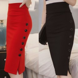 Casual pencil skirt with buttons - high waisted